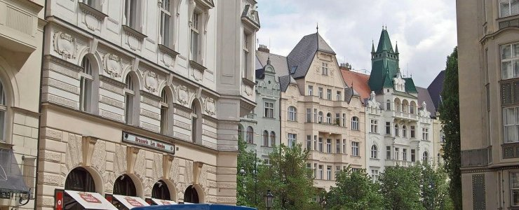 Улица Břehová
