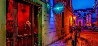 Пивная Blue Light bar