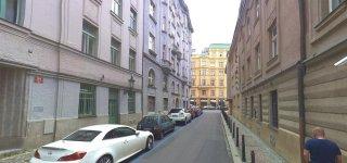 Улица U staré školy