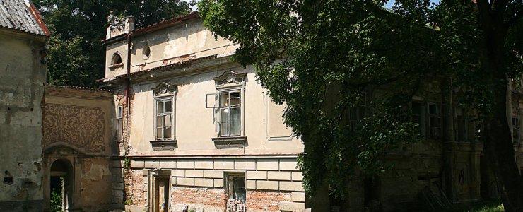 Замок Петровице