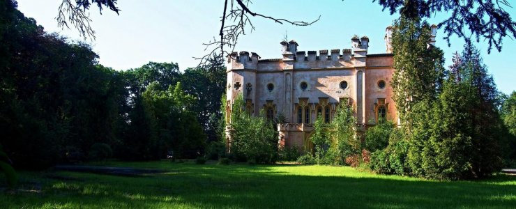 Замок Бездеков