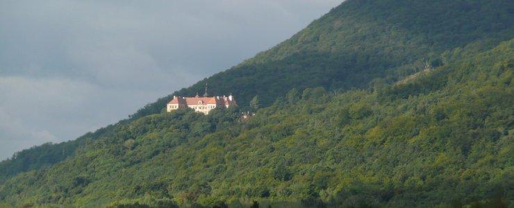 Замок Йезержи