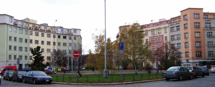 Базельская площадь в Праге