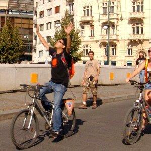 Познавательная и расслабленная велопрогулка по Золотой Праге