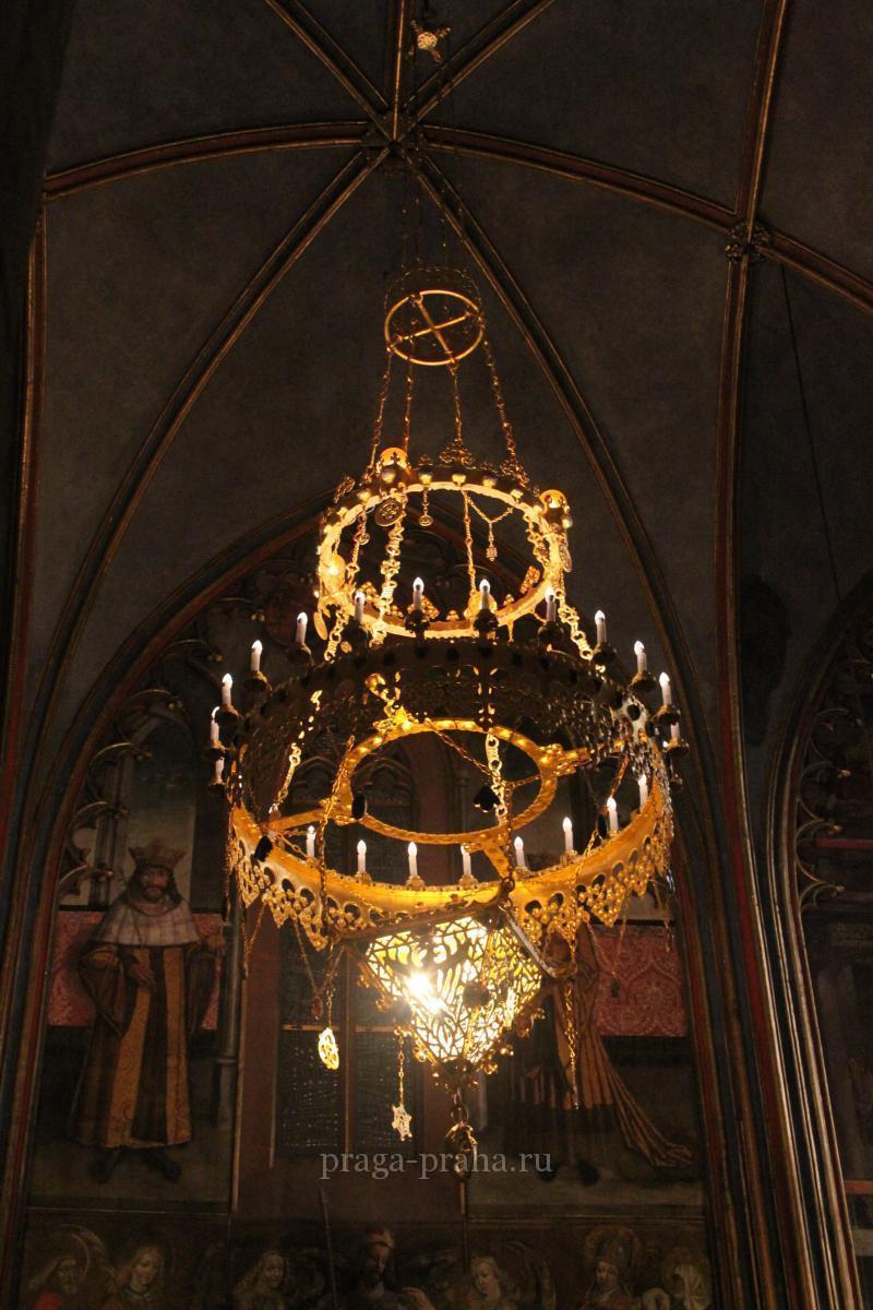 Базилика святого Иржи или Георгия 13