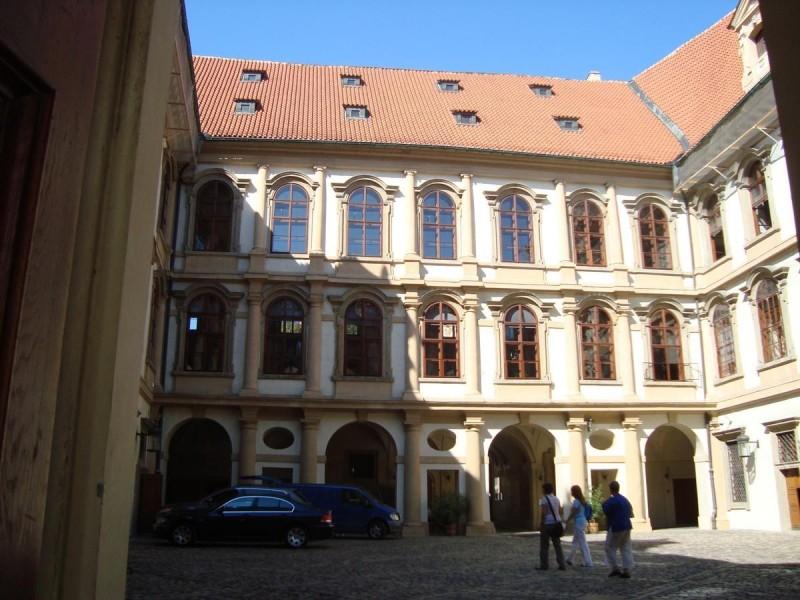 Валленштейнский дворец 3