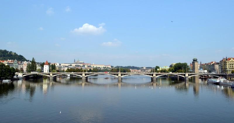 Йираскув мост 2