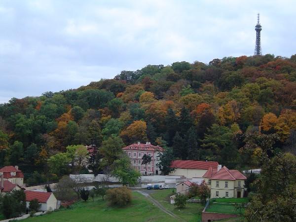 Холм Петршин