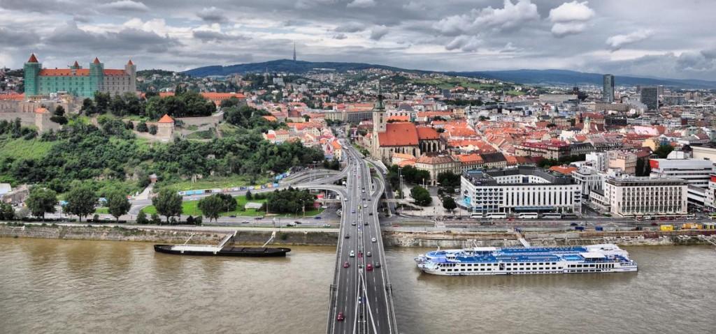 Как добраться из Братиславы в Прагу