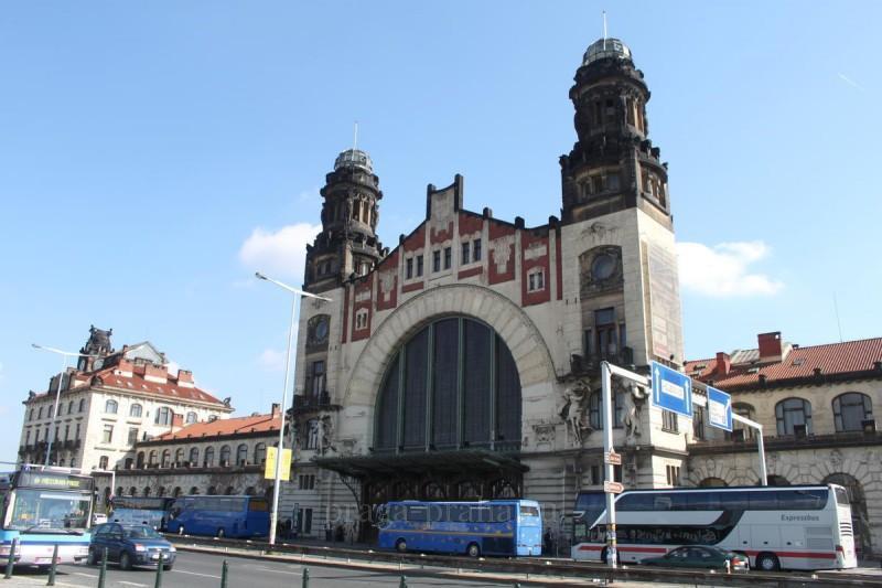 Главный железнодорожный вокзал Праги 17