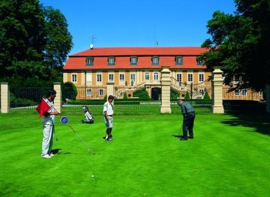 Замок Штиржин гольф