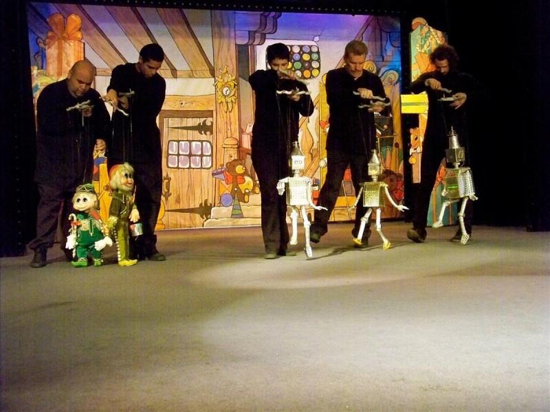 Национальный театр марионеток - актёры