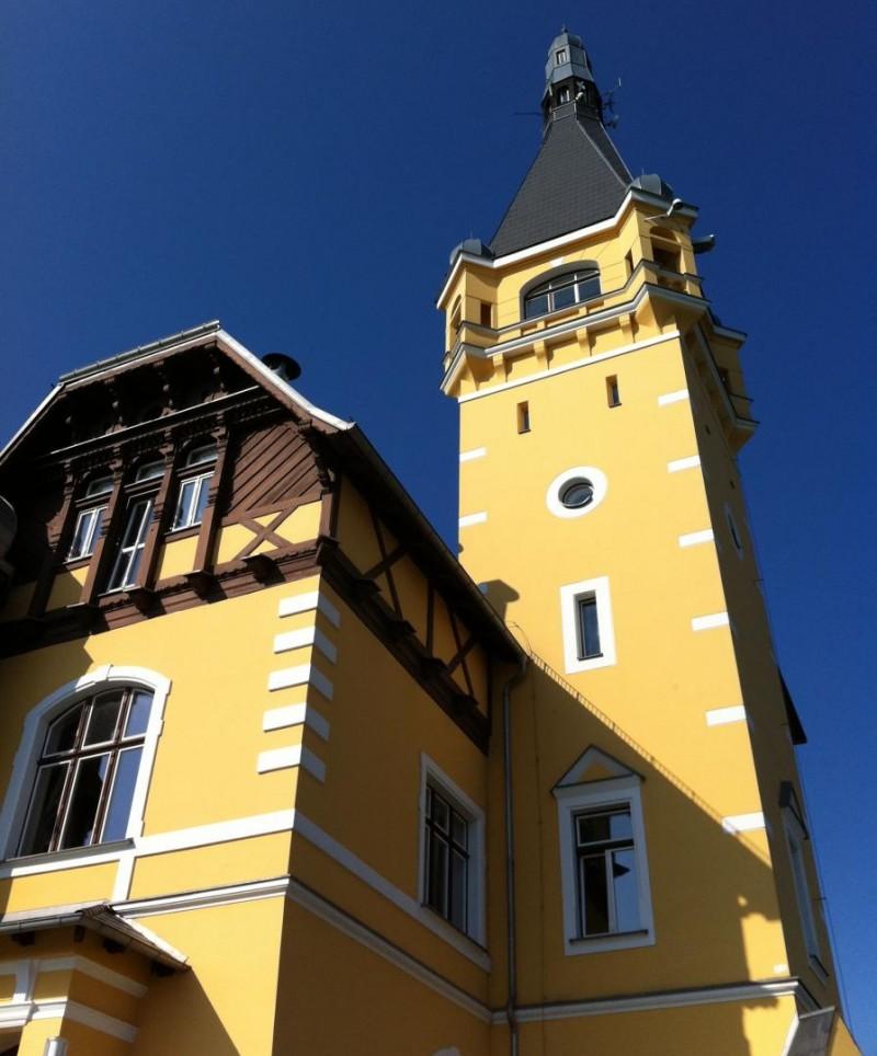 Замок Ветруше - башня