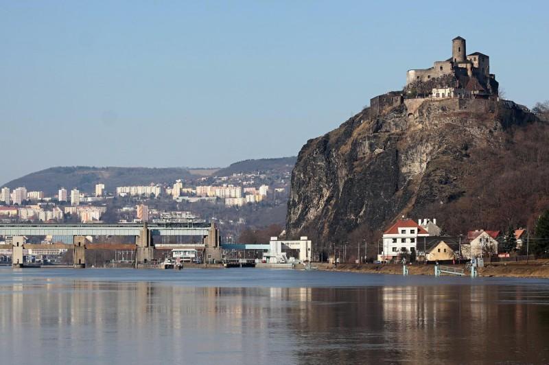 Замок Стршеков - гора