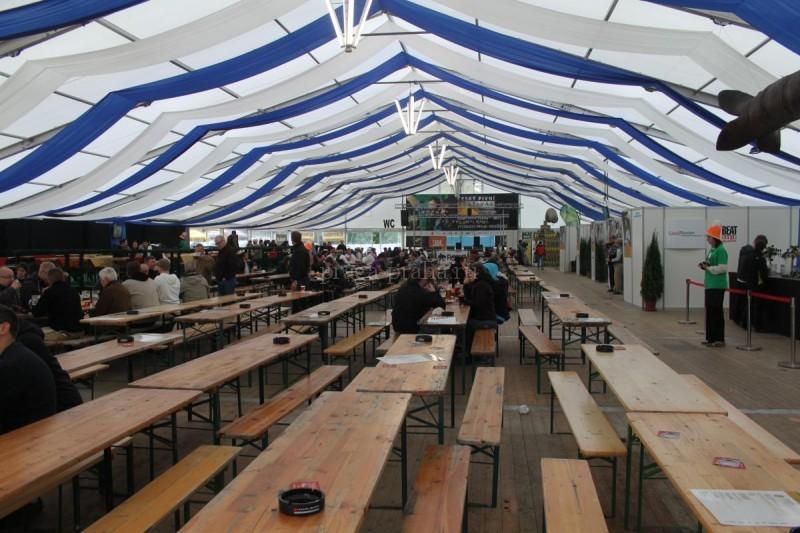 большая палатка