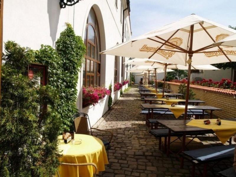 Velká klášterní restaurace