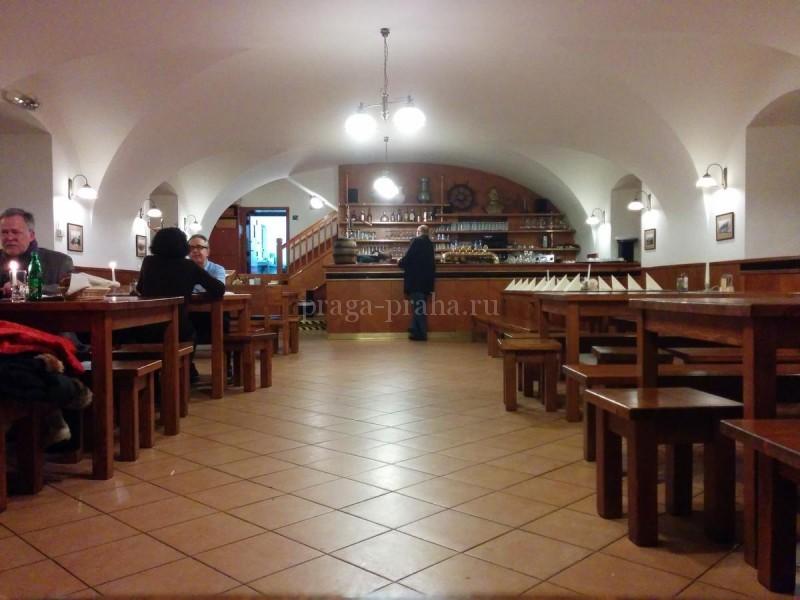 Монастырская пивоварня Страгов 22