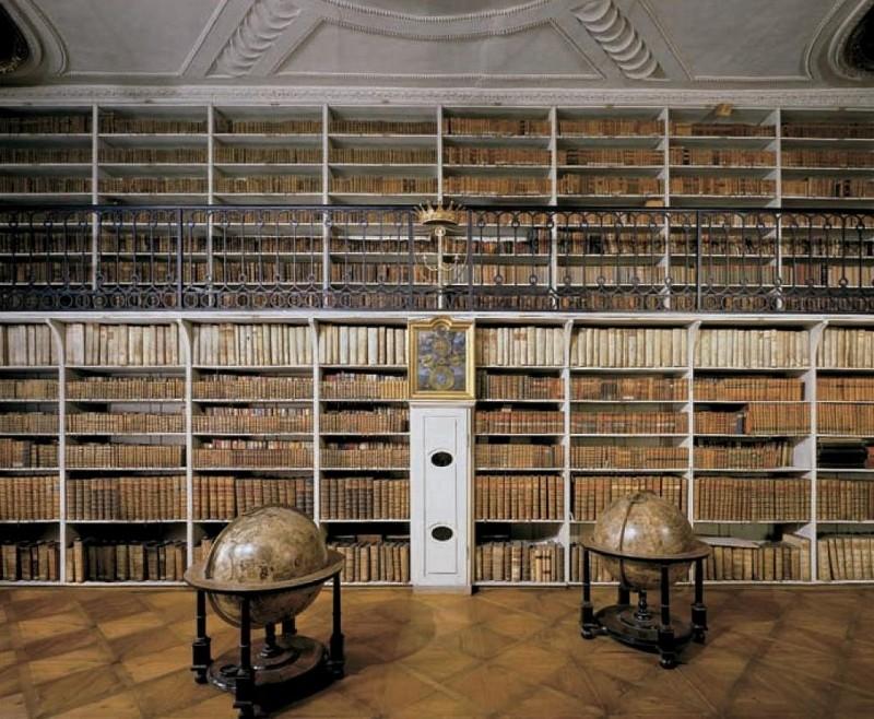 Ностицкий дворец в Праге (3)