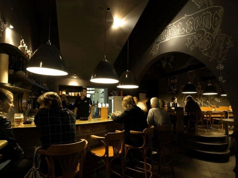 Пивная Hells Bells Beer Pub  (1)