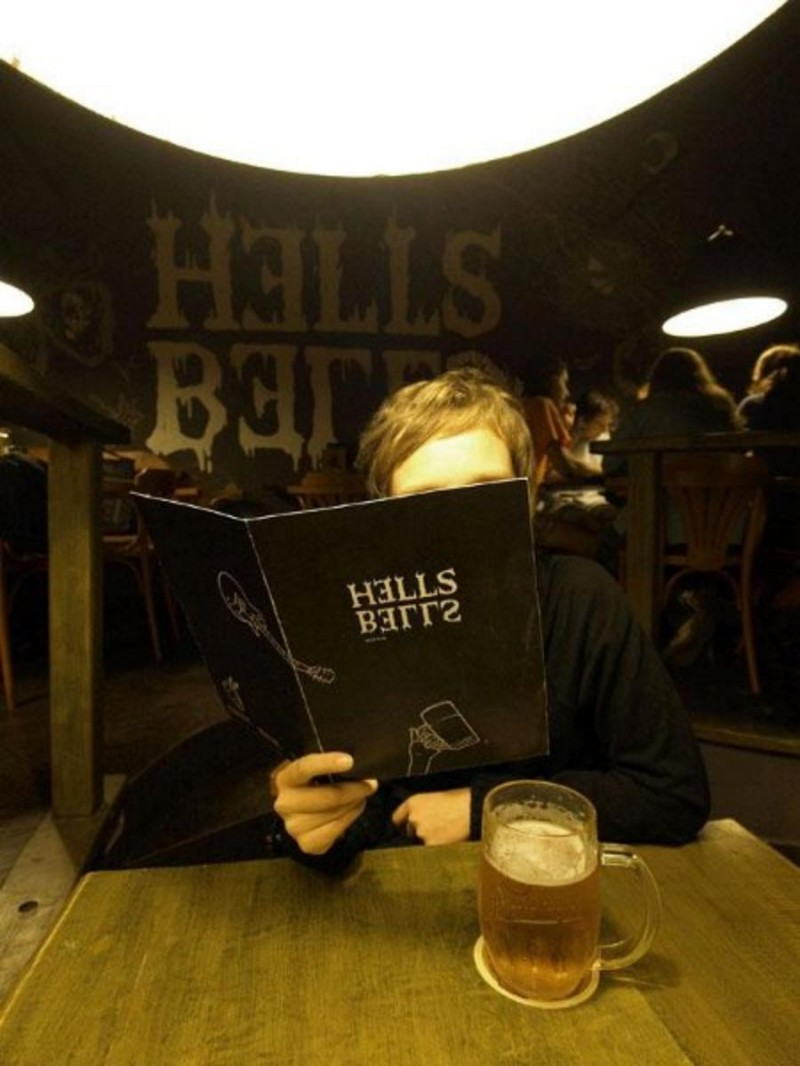 Пивная Hells Bells Beer Pub 3