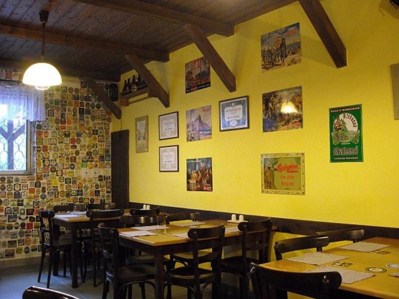 Rukodělný Pivovárek Třebonice - зал