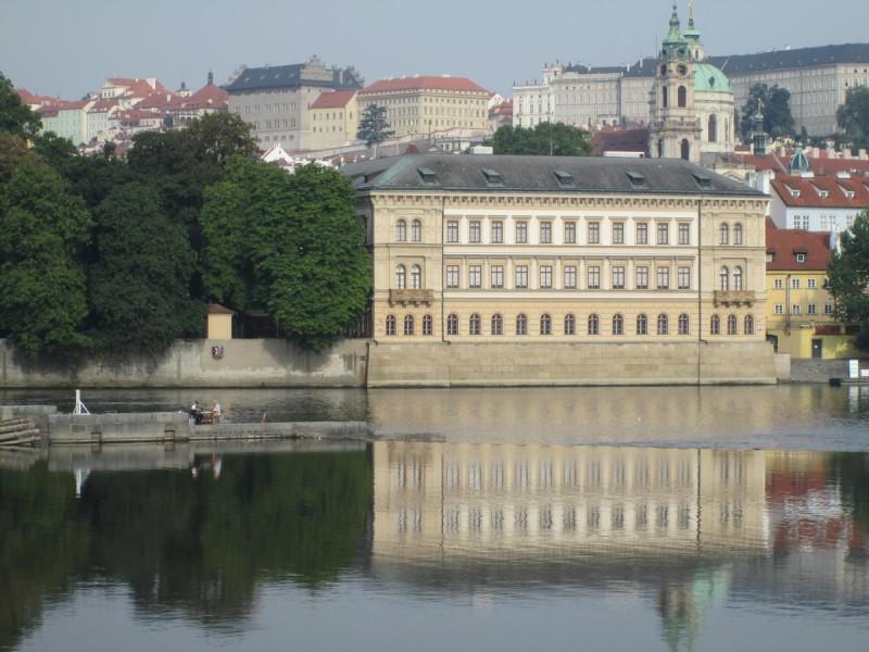 Лихтенштейнский дворец 3