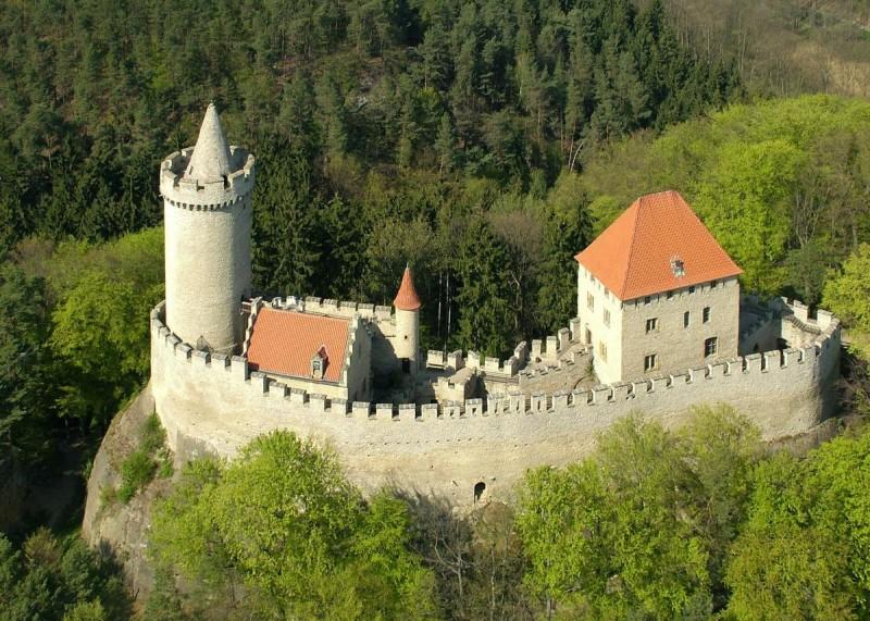замок Кокоржин