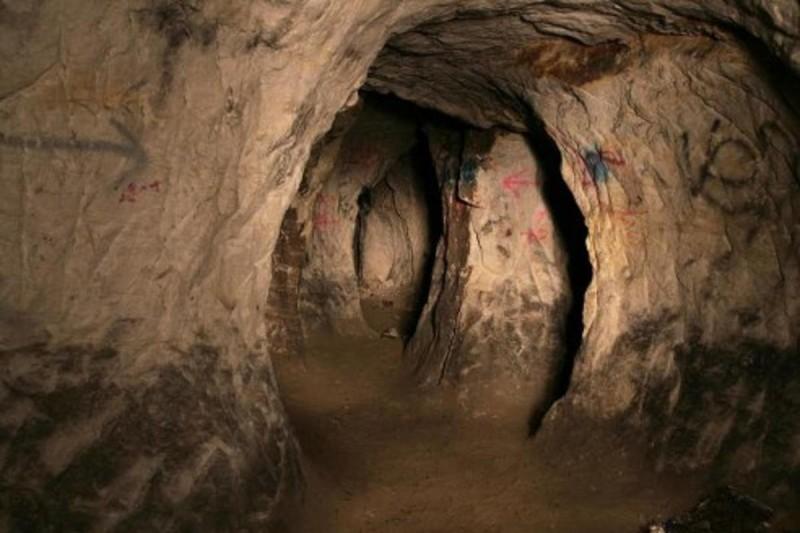 подземный лабиринт Мочалки