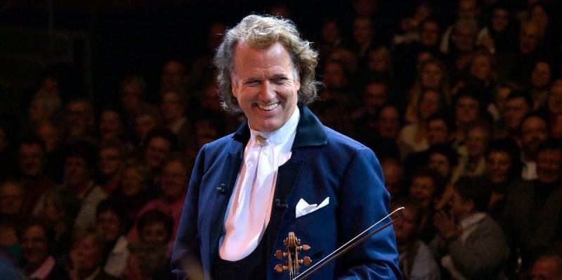 Андре Рье с оркестром в Праге 4