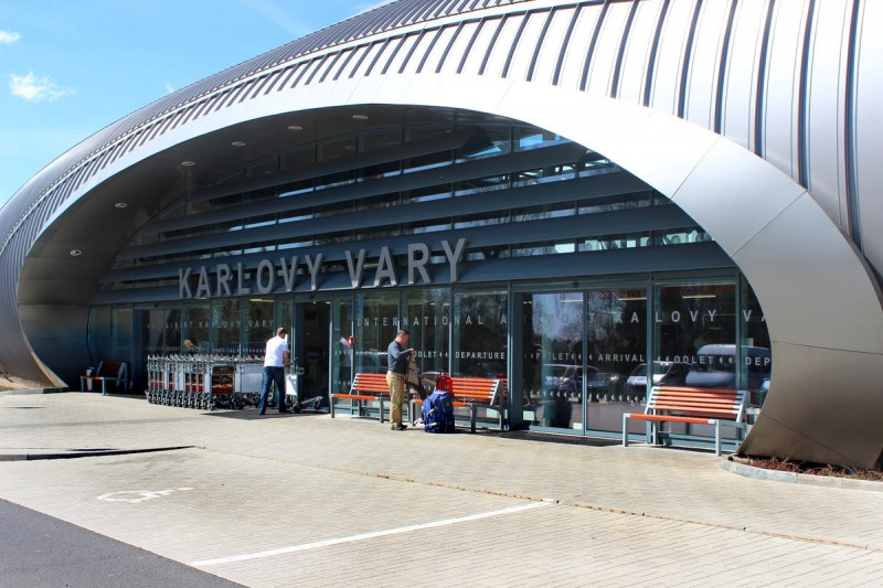 Аэропорт Карловы Вары - вход