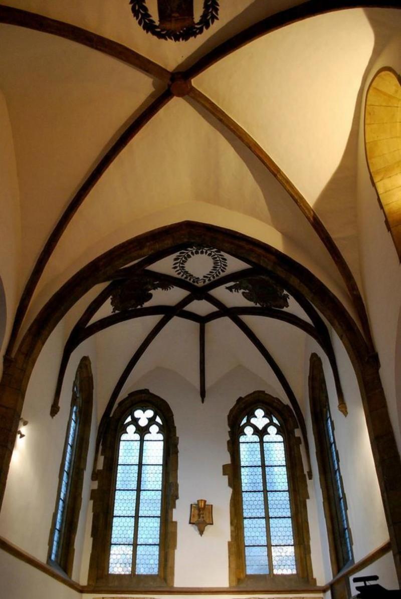 Костел святого Мартина в стене 4