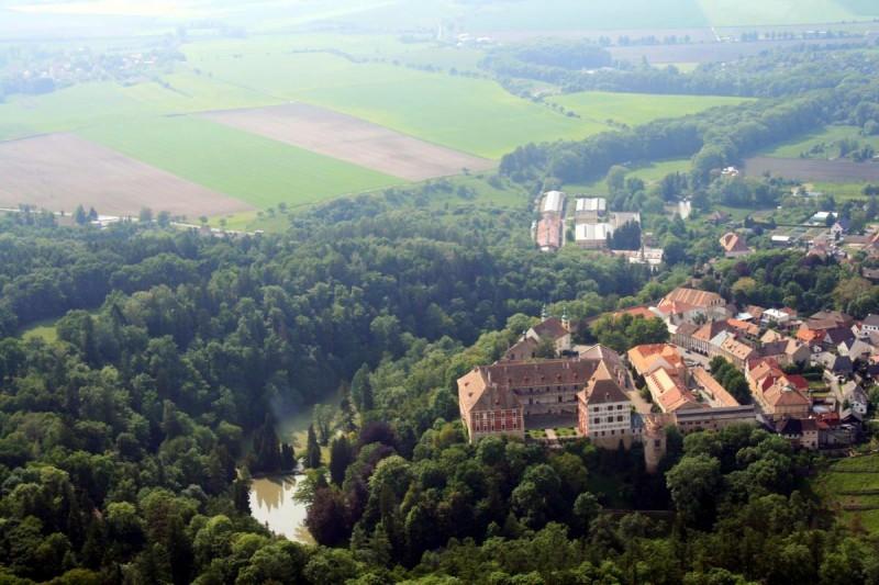 Замок Опочно 2