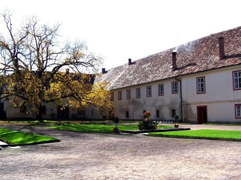 Замок Опочно 5