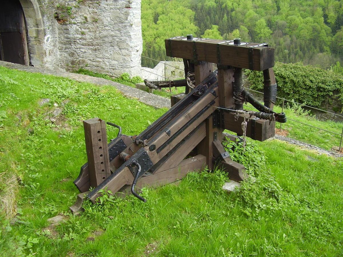 толстопятов замок совинец фото идеальное место для