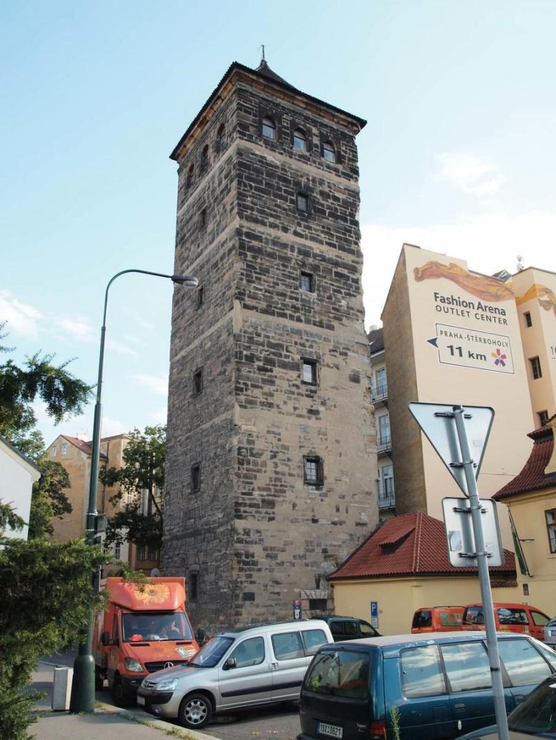 Новомлынская водонапорная башня 7