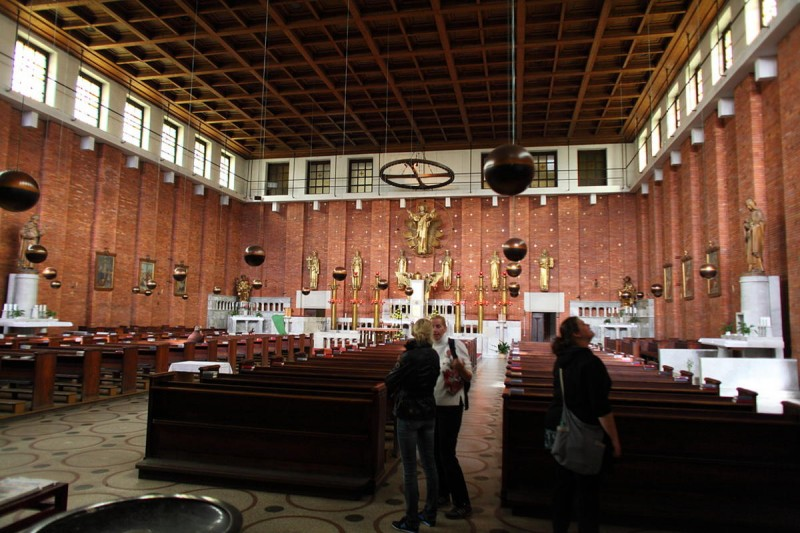 Церковь Пресвятого Сердца Господня 10