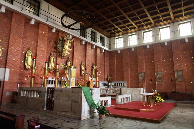 Церковь Пресвятого Сердца Господня 13