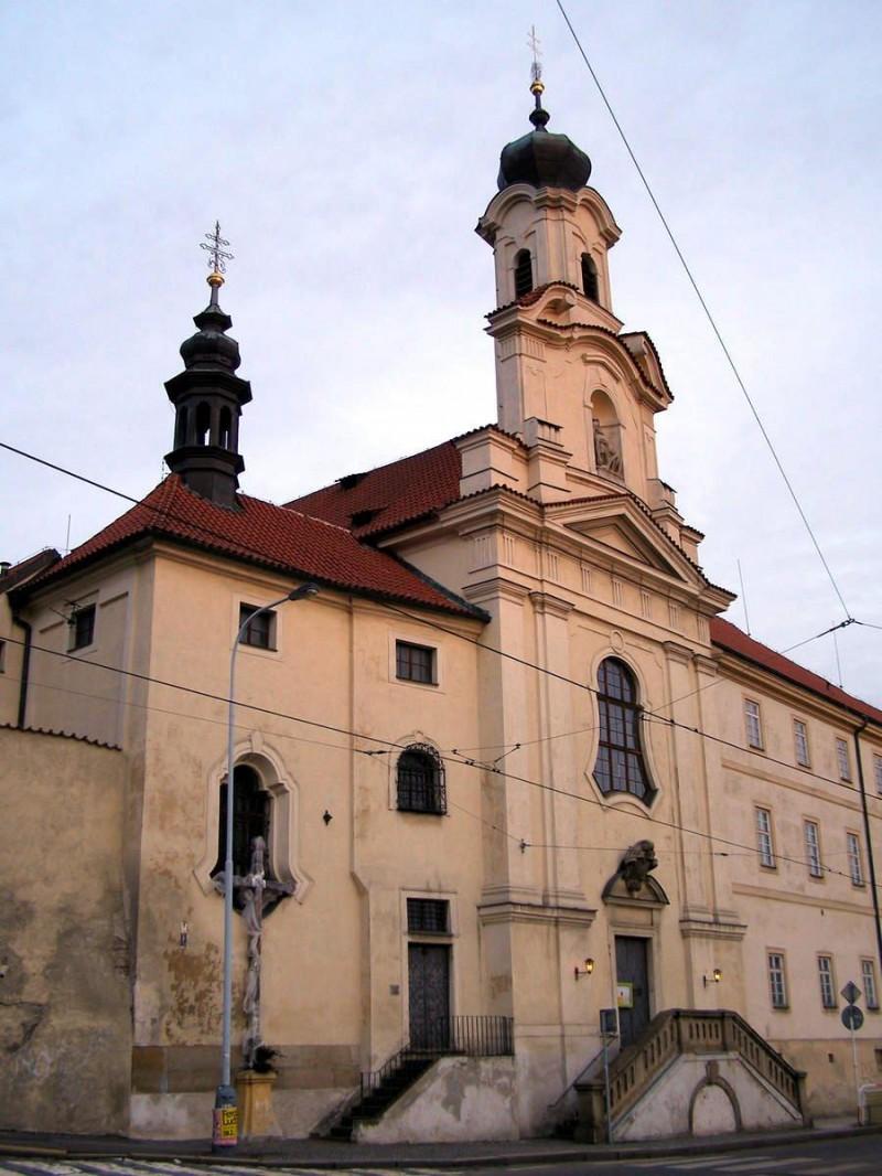 Костёл Девы Марии Семискорбной