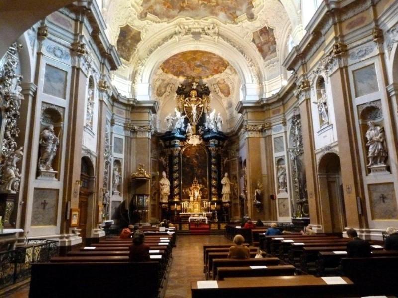 Костёл святой Урсулы 3