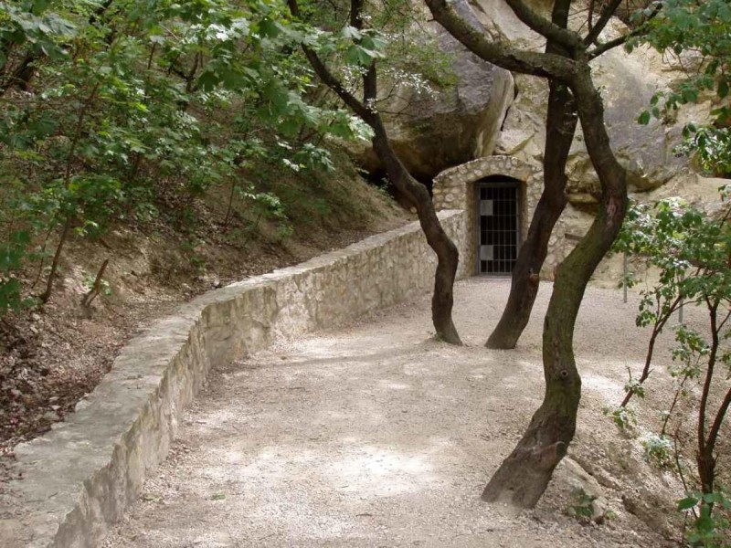 Пещеры На Туролду 2