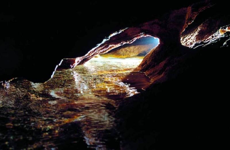 Хыновска пещера 5