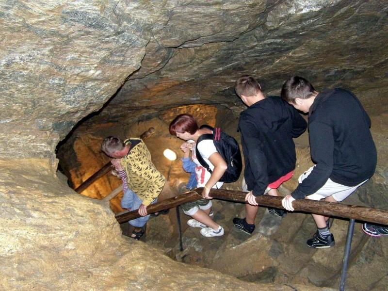 Хыновска пещера 6