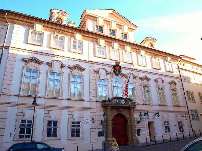 Шёнборнский дворец
