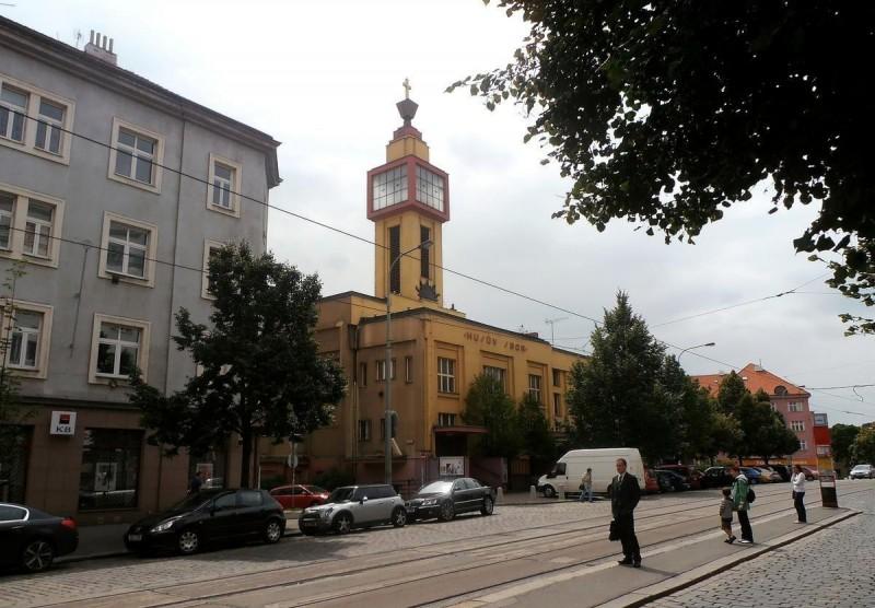 Гуситская церковь в Вршовице 5