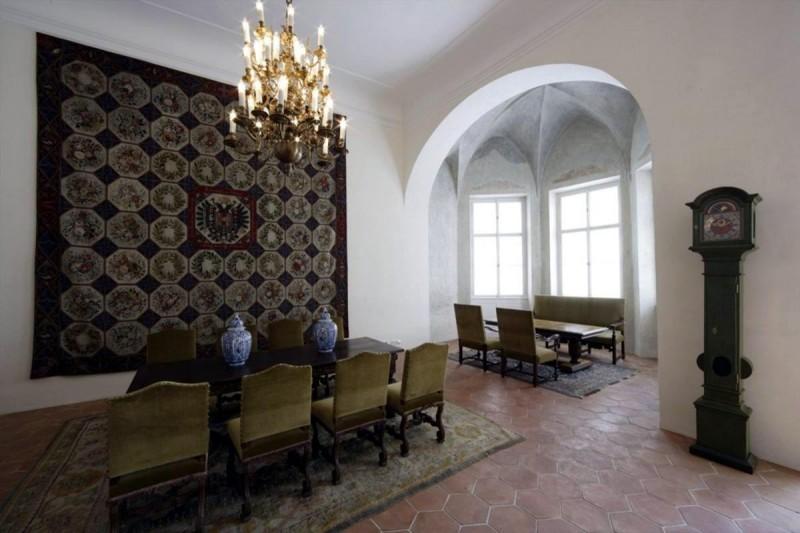 Дворец Рожмберков 1