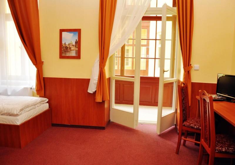 Отель Zlatá Váha 2