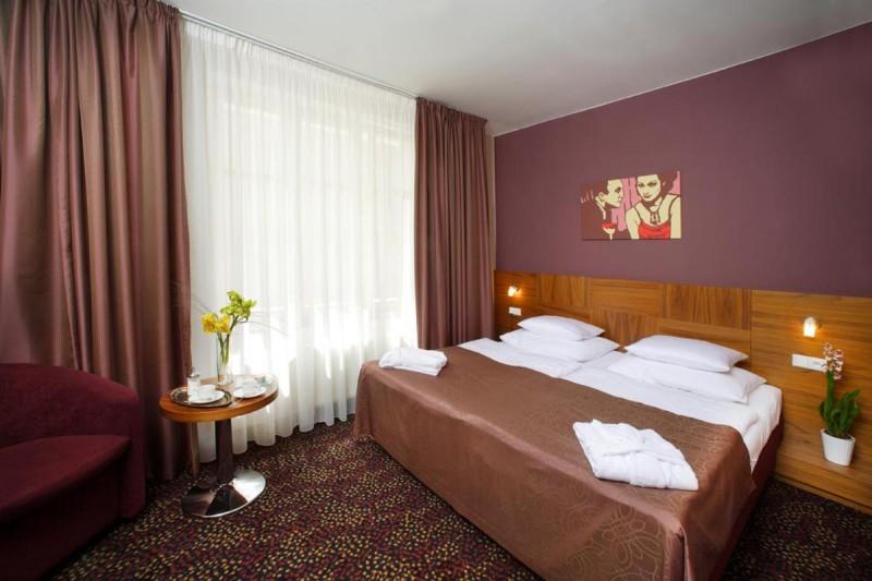 Hotel 1. Republic 4