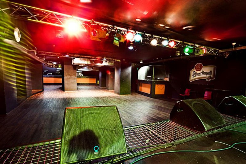 Клуб Rock Cafe 5