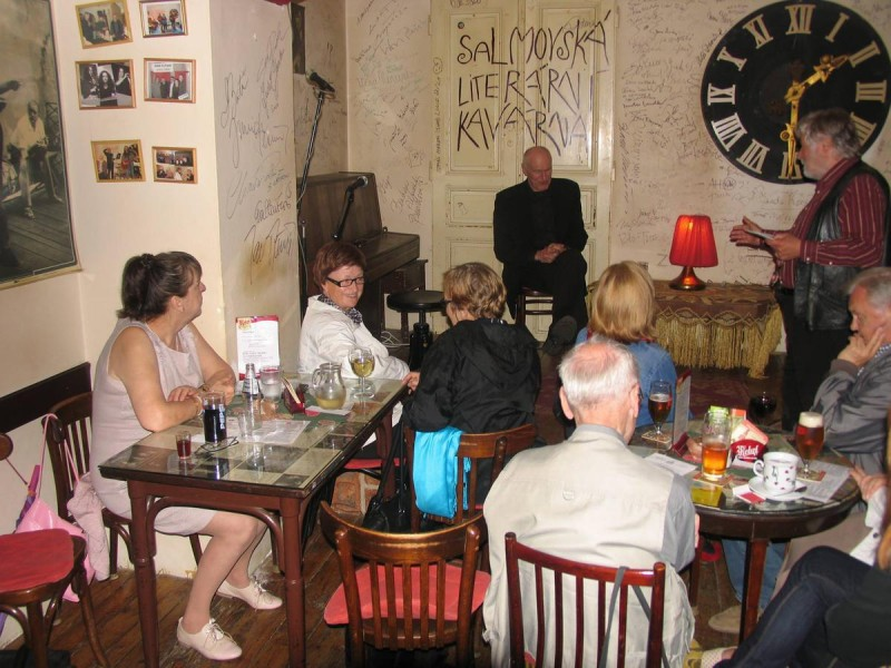 Клуб Salmovská Literární Kavárna 4