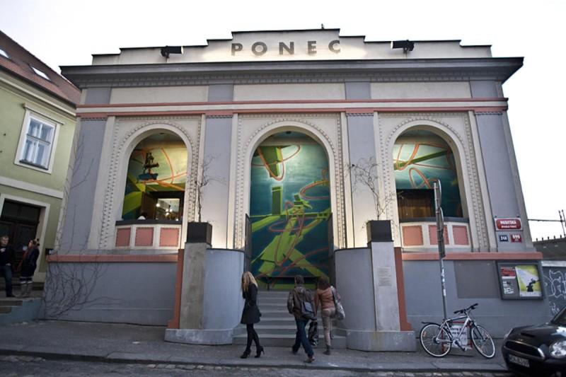 Театр Ponec 1
